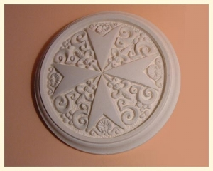 Tile Round Cross Small